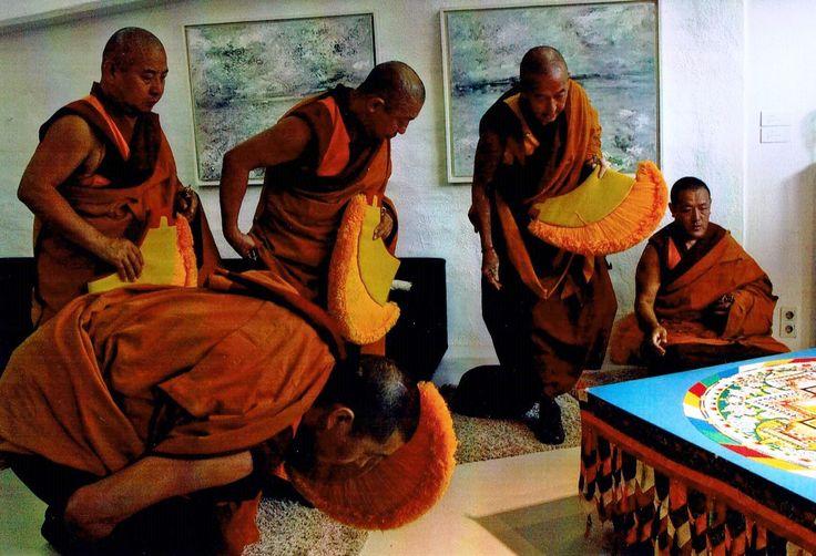 Mandala Shikhanda Vihara e.V. - Buddhismus in Lehre und Praxis - kringellocken-klosters Webseite!