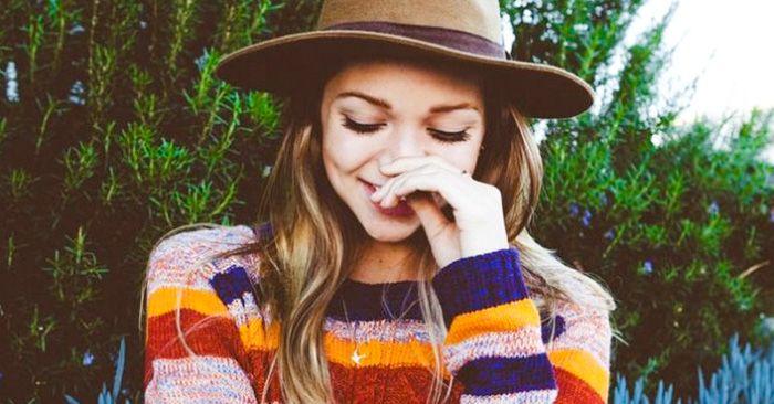 20 Problemas de tener una personalidad extrovertida, cuando en el interior eres…