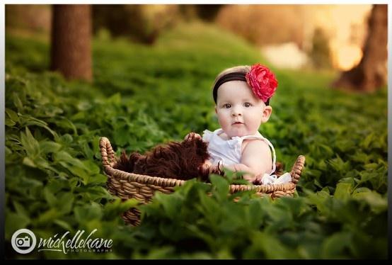 outdoor baby pics