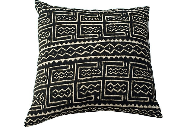 African Mud Cloth Pillow on OneKingsLane.comMud Clothing, Black Backgrounds, Design Outline, Clothing Pillows, Cotton Barkcloth, Fun Stuff, African Fabrics, African Mud, Cotton Clothing