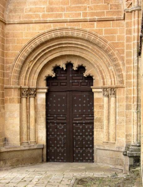 Puerta del Ensolado o de Amayuelas - Catedral de Santa María, Ciudad Rodrigo, provincia de Salamanca