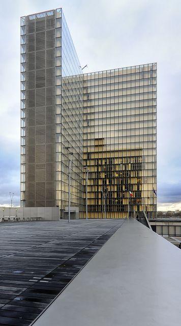 François Miterrand National Library, designed by Dominique Perrault, 11 Quai François Mauriac, Paris XIII