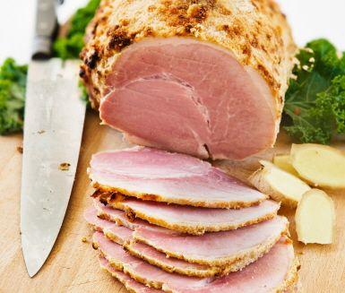 Recept: Julskinka med ingefärs- och honungsgriljering (Grilled ham coated with honey and ginger)