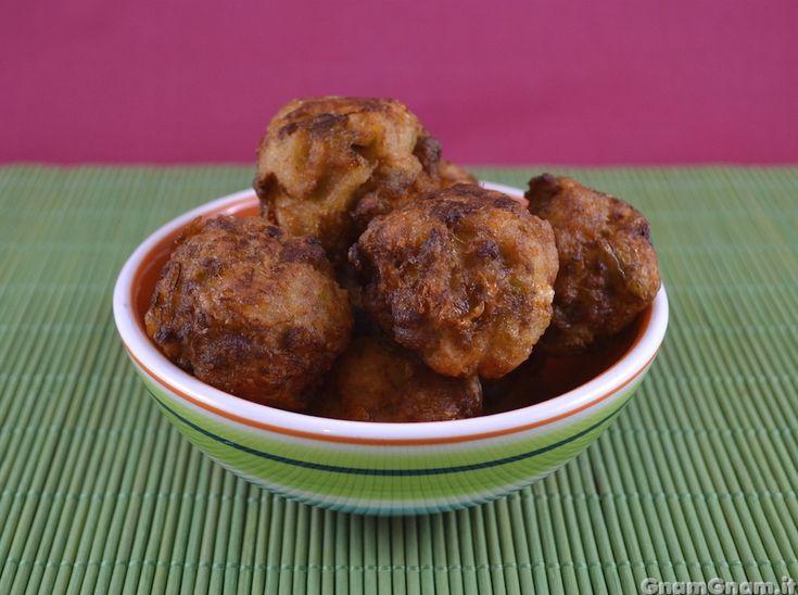 • Polpette di verza e salsicce - Ricetta Polpette di verza e salsicce