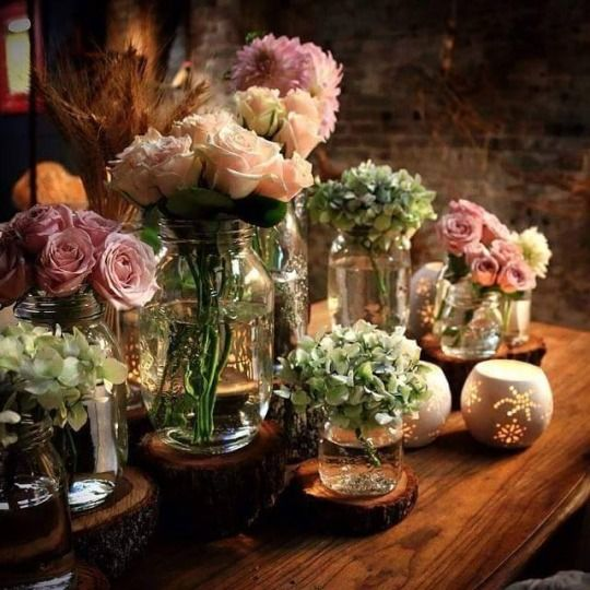 Flowers are the stars, the vases add interest and charm                                                               tumblr: My inner landscape