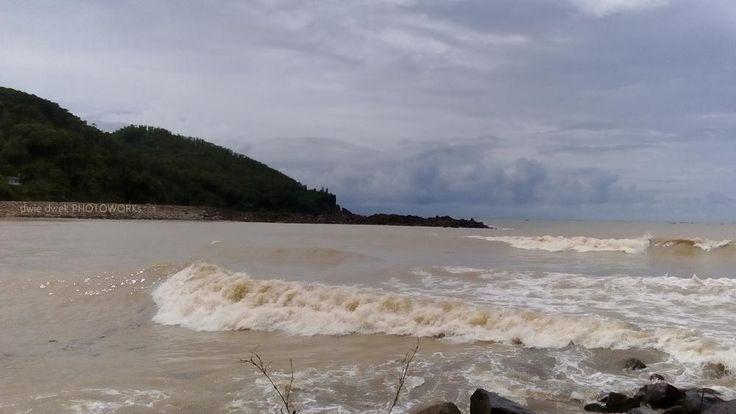 pantai Ayah (Logending) , Kebumen