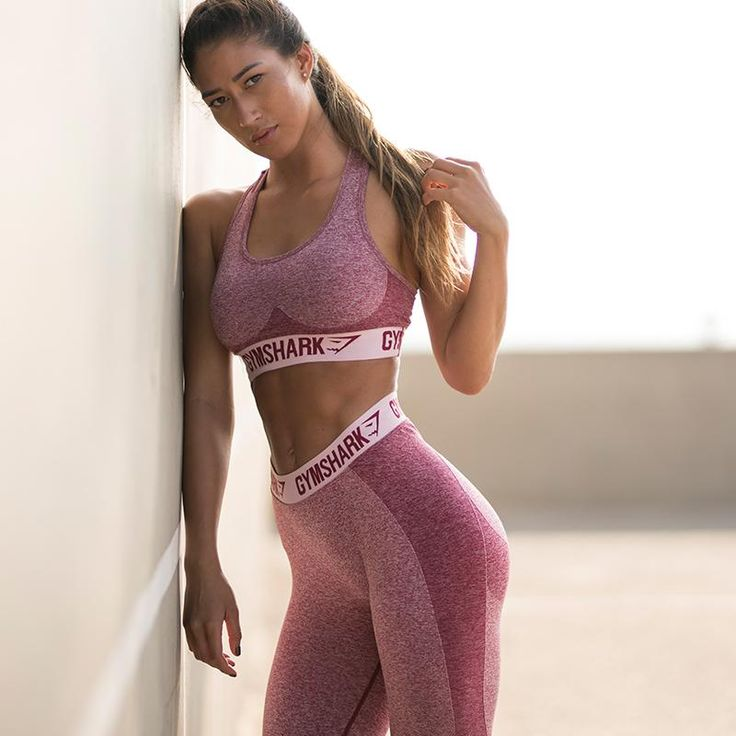 Explore our range of women's dynamic gym bottoms. The Gymshark bottoms and leggings range include running tights, running leggings, and cropped tights