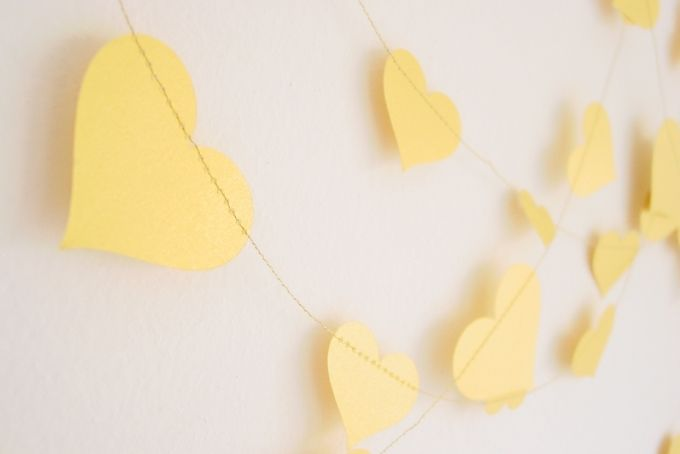 20 ft Garland-Hearts-Gold-Metallic-Glitter-Wedding Decor by younghearts on hellopretty.co.za