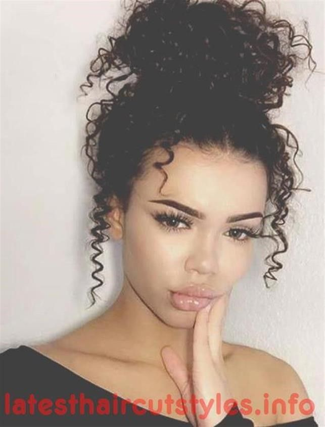 Latest Hairstyles For Curly Hair Summer Fall 2018 Latest