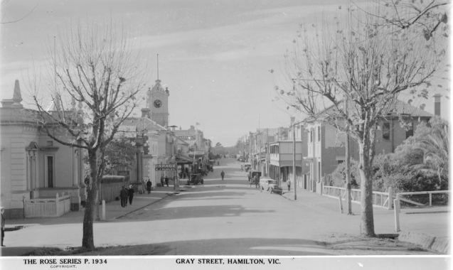 GRAY STREET, HAMILTON. Image Courtesy of the State Library of Victoria, Image No. H32492/2731