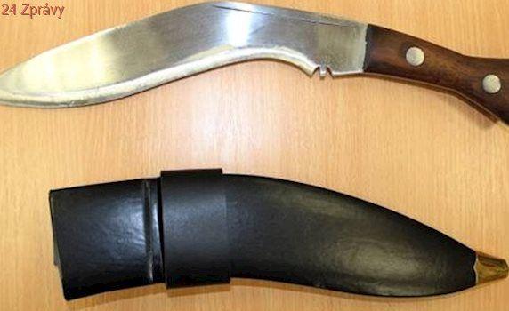 Cizinec po hádce pobodal krajana nožem, policie řeší pokus o vraždu