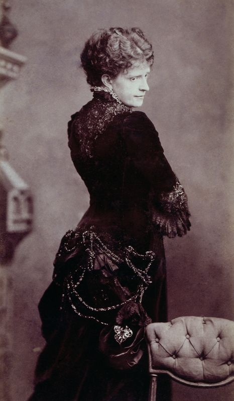 Maria Pia of Savoy, Queen of Portugal