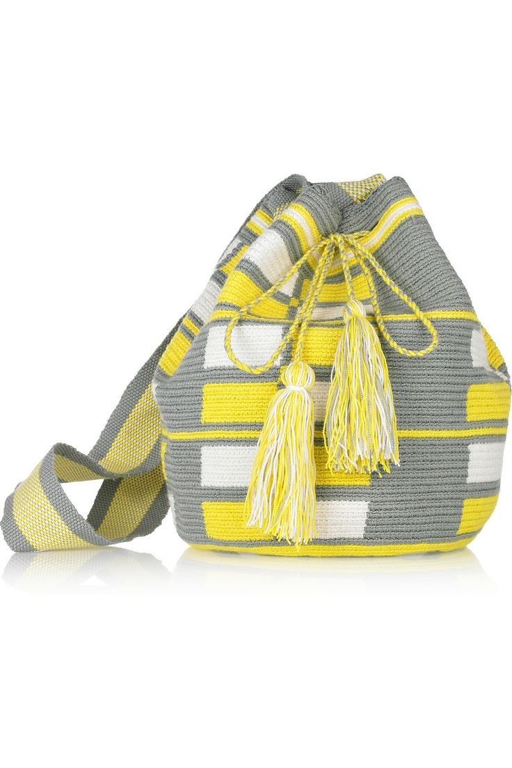 Wayuu Taya Mochilla hand-woven cotton shoulder bag