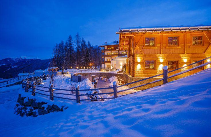 Lichtstudio Lichtdesign Leuchten · REFERENZEN · Meran Südtirol Italien  #lighting projects #hotellighting #südtirol #italy #luxuryhotel #wellness #chalet