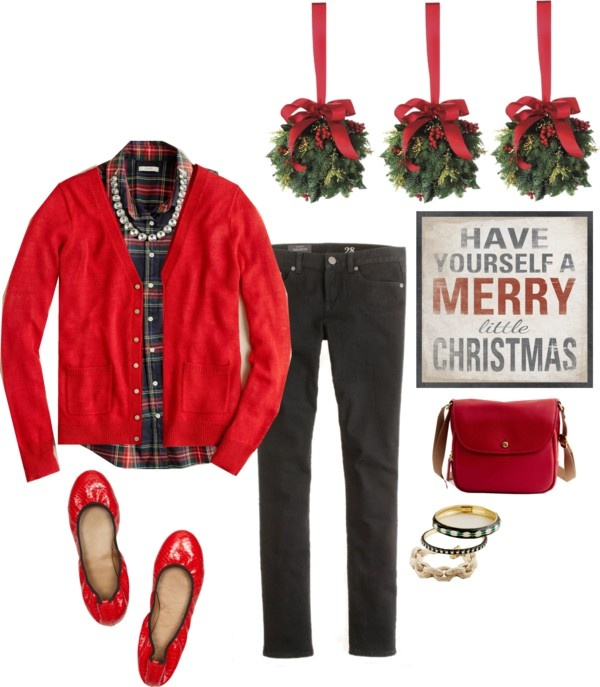 Christmas outfit! This would be so bomb to wear for the whole day, especially for Christmas dinner, sweet.
