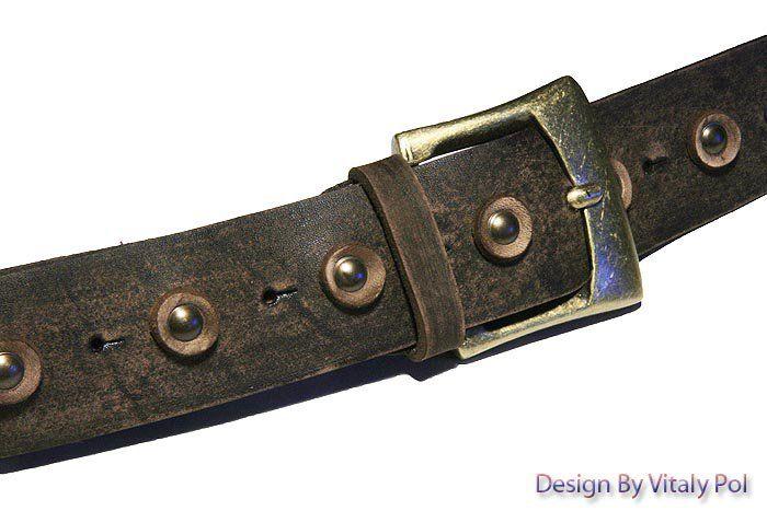 Ремень джинсовый с круглыми кожаными украшениями, коричневый