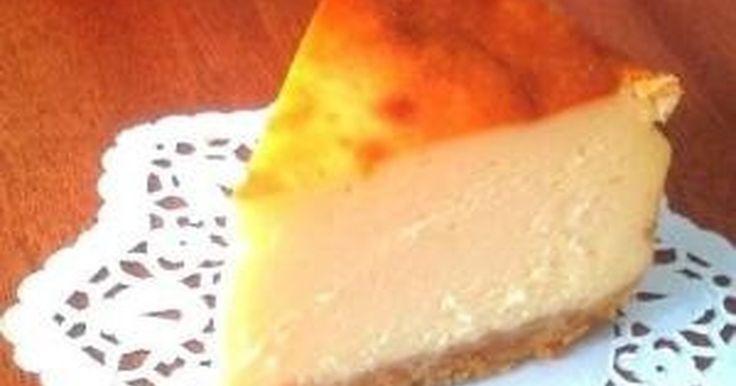 とっても簡単で、また作りたくなる美味しさ。サクサクのボトムとしっとり濃厚なケーキの口当たりが最高です!