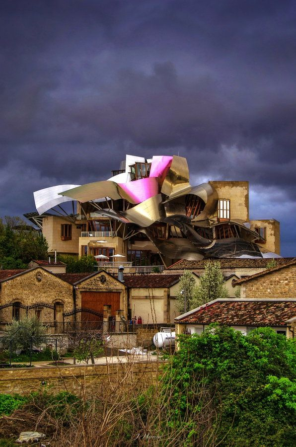 17 best images about marques de riscal and frank gehry on for Hotel marques de riscal