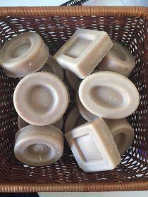 Ricette artigianali di saponi naturali solidi e liquidi,shampoo,cosmetici,creme,solari,dentifrici...Autoproduzione semplice, economica ed ecologica.