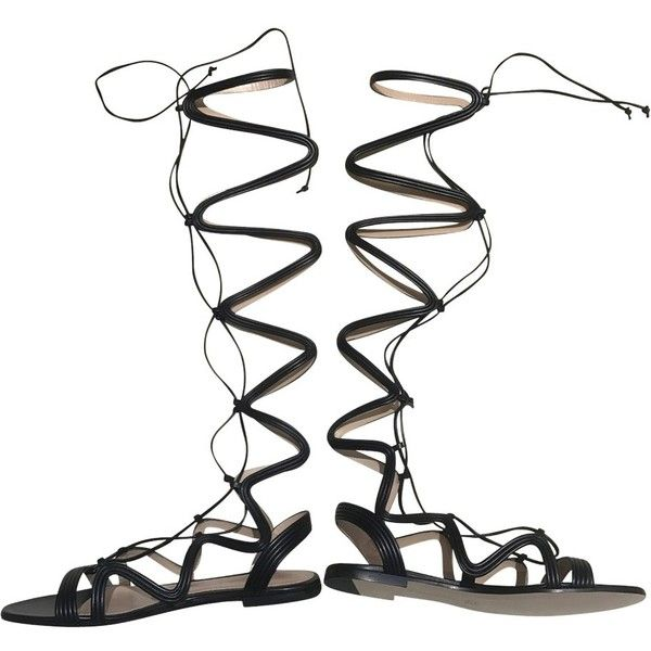 Pre-owned Sandals in the Roman style ($1,200) ❤ liked on Polyvore featuring shoes, sandals, black, strappy sandals, leather strap sandals, black strappy sandals, black flat shoes and black lace up sandals