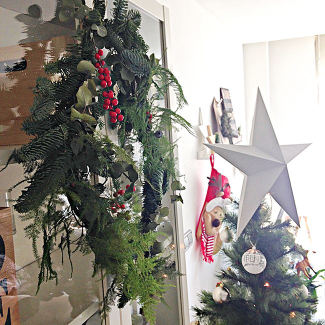 131 best christmas navidad images on pinterest xmas - Decoracion navidena de casas ...