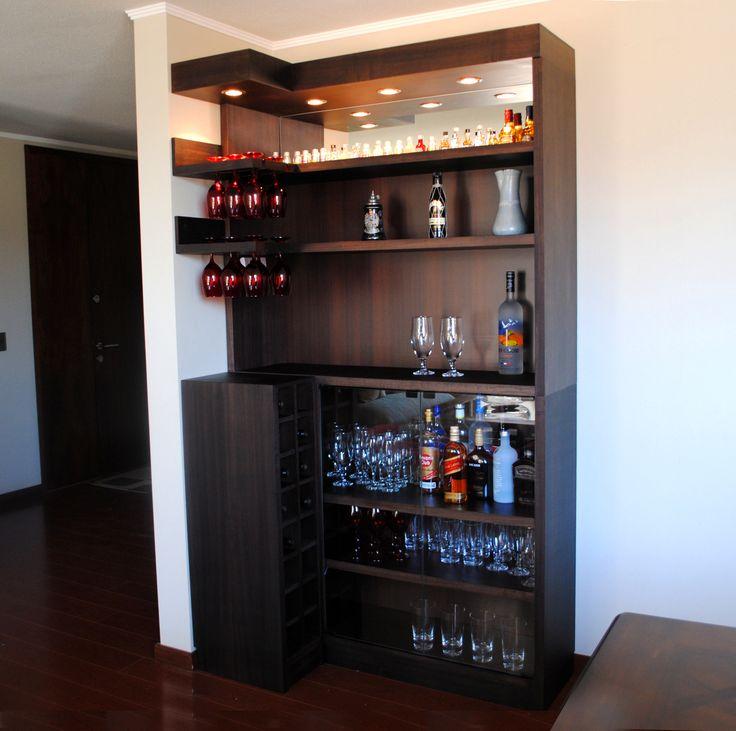 M s de 1000 ideas sobre armarios de bodega de vino en for Bar madera esquinero