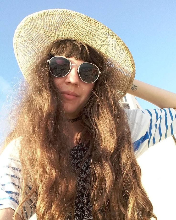 Beach waves and vibe