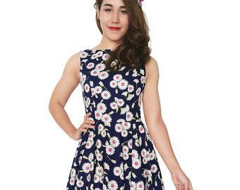 Cool Hawaiian Style Dresses This is a gorgeous Holiday Dress Tropical Dress Hawaiian Dress Island Dress Tiki... Check more at http://24store.gq/fashion/hawaiian-style-dresses-this-is-a-gorgeous-holiday-dress-tropical-dress-hawaiian-dress-island-dress-tiki/