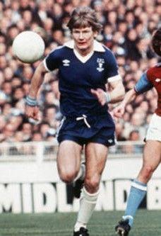 Ken McNaught Everton 1977