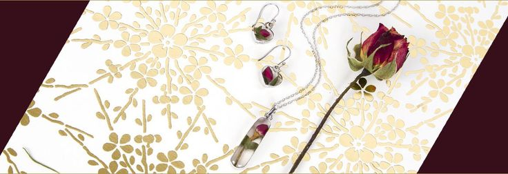 🌹HERE'S A NEW WAY TO SEND #ROSES!  Our sterling silver rose necklace and rose bud earrings are the perfect way to send her flowers & jewelry all in one.😉 Shop www.EverlastingFlowersJewelry.com  [Enjoy #freeshipping on ALL U.S orders] - #jewelry #gifts #love #wedding #fall #winter #sendflowers #florals #forher #anniversary #birthday #keepsake #bridesmaidgift #forher #holiday #hanukkah #christmas #bride #bridesmaidgifts #flowernecklace
