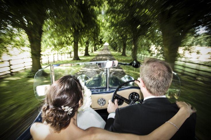 Stunning Notley Abbey Wedding Photography