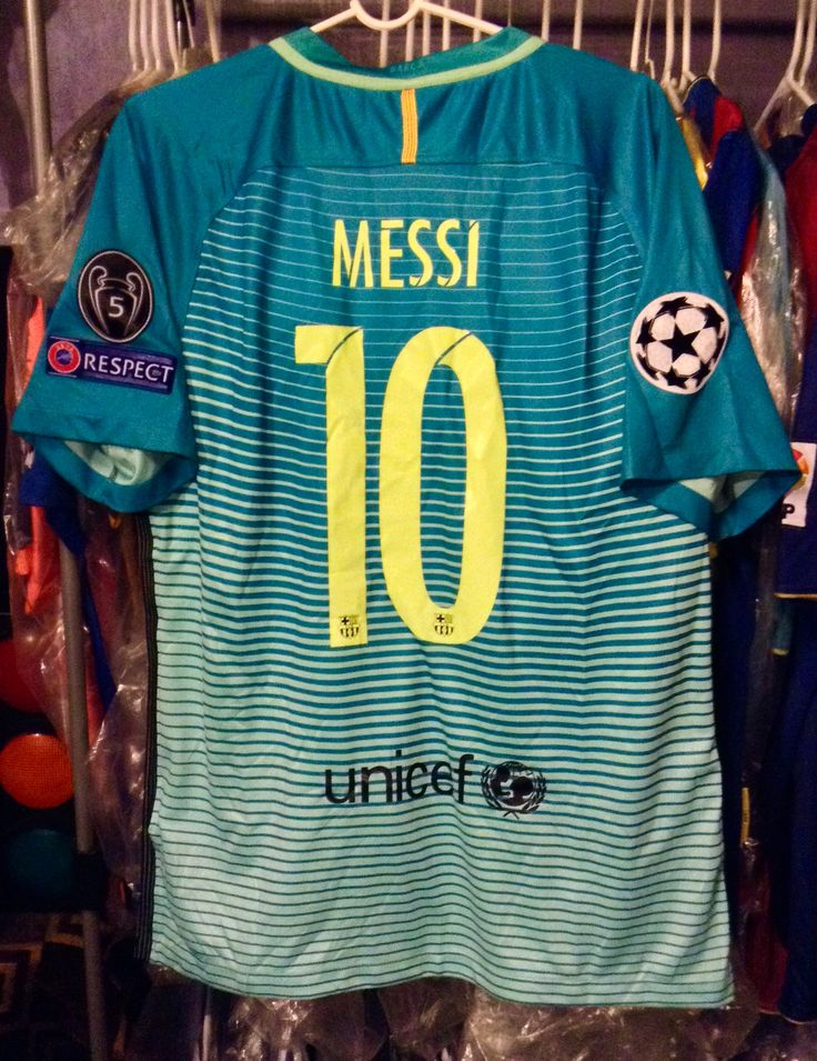 Lionel Messi-Barcelona 2016-2017 Away