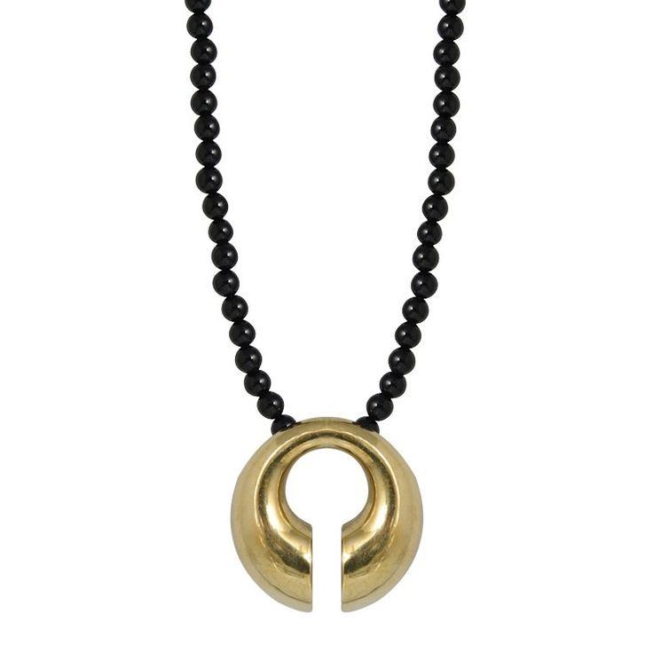 Collana artigianale con Perle di onice ( 2 diametri disponibili ) e pendente in Bronzo stile Asiatico di Micromutazioni su Etsy