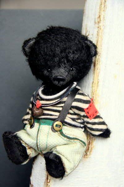 Max By Natalia Shigareva - Bear Pile