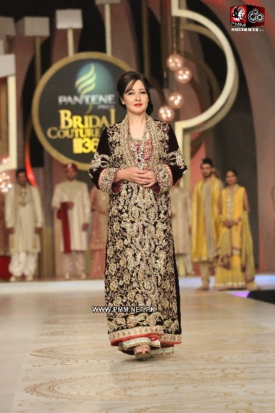 Zeba Bakhtiar wearing Deepak Perwani 2013