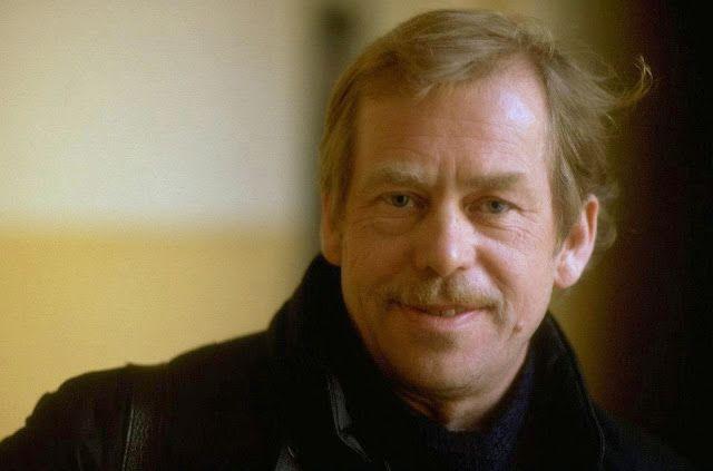 KDO TO BYL: Václav Havel - To byl ten, díky němuž teď můžete k...