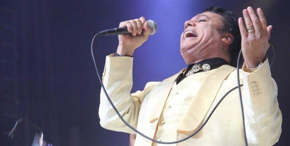 """Muestran en video a presunto """"esposo"""" de Juan Gabriel"""