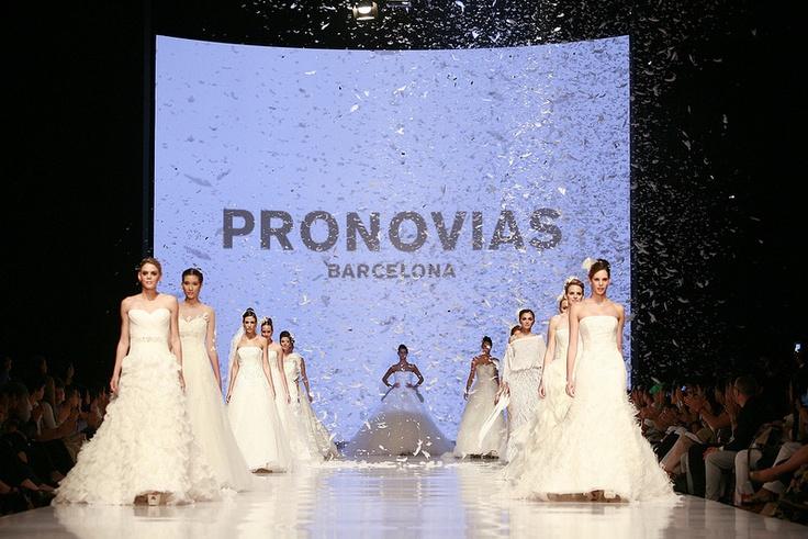 Pasarela Revista HOLA! Colombia (Pronovias) - Cali Exposhow 2012