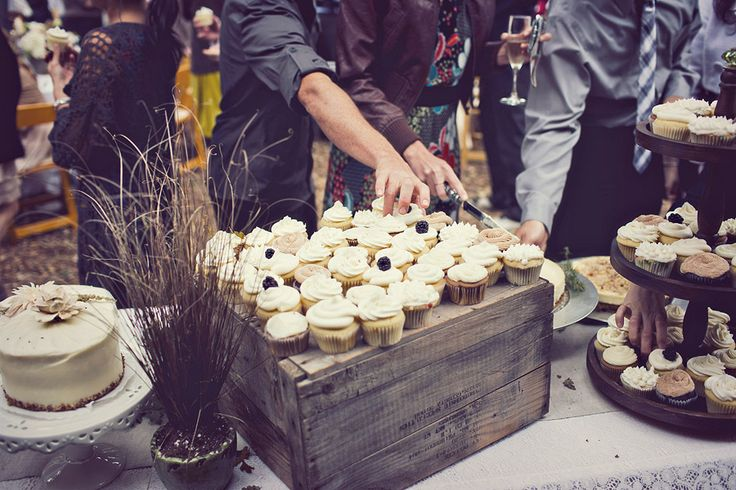 cute! Use wood crates to elevate cupcakes. I have a ton of these!