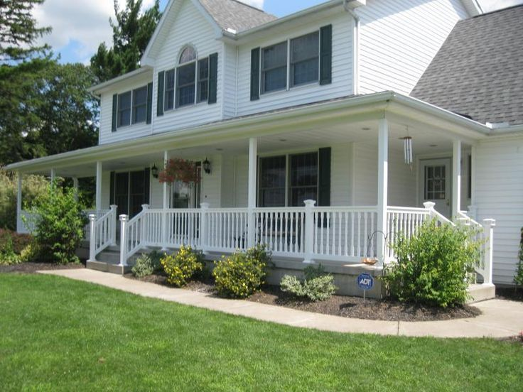 16 best images about porch and landscaping on pinterest for Front porch landscaping designs