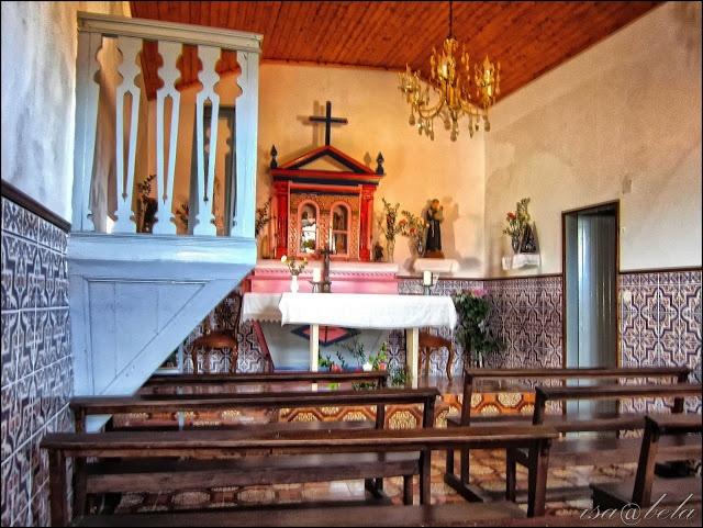 Capela da Aldeia Serrana de Gondramaz / Miranda do Corvo