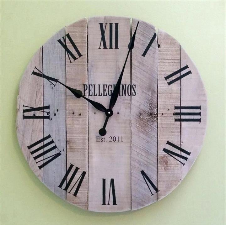 14 Diy Pallet Clock For Decor Your Empty Walls Wood Clocks