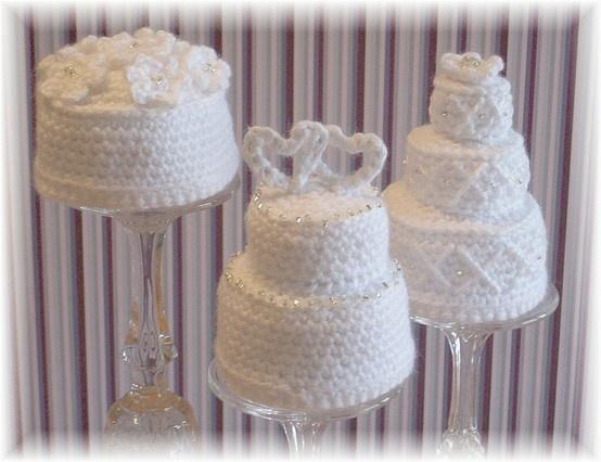 Crochet wedding cakes.... : ) reneebez
