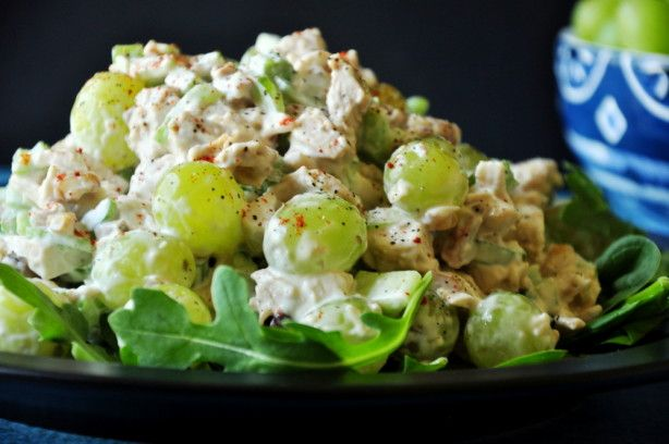 Charlie's Famous Chicken Salad with Grapes-use half mayo, half mw, geen onions rather than reg, less salt