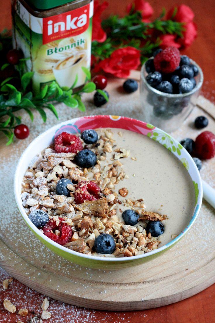 Smoothie Bowl Orzechy Bakalie Owoce Leśne Śniadanie idealne