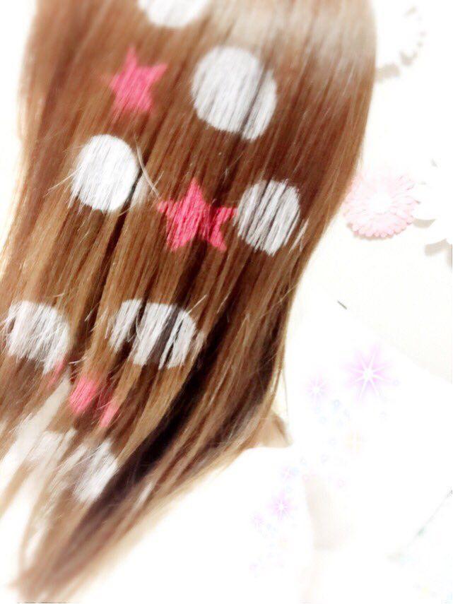 今日はつくる女のChihiroさんがヘアスプレーで可愛くしてくださいました❤️ありがとうございました✩°。⋆とるのもったいない…(´,,>ω<,,`)♡