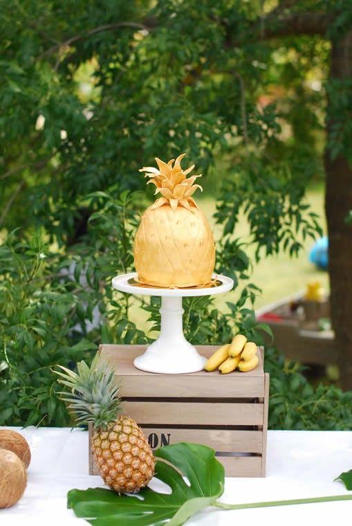 anniversaire th me tropical ananas magnigique gateau en pate a sucre r alis par vanille ou. Black Bedroom Furniture Sets. Home Design Ideas