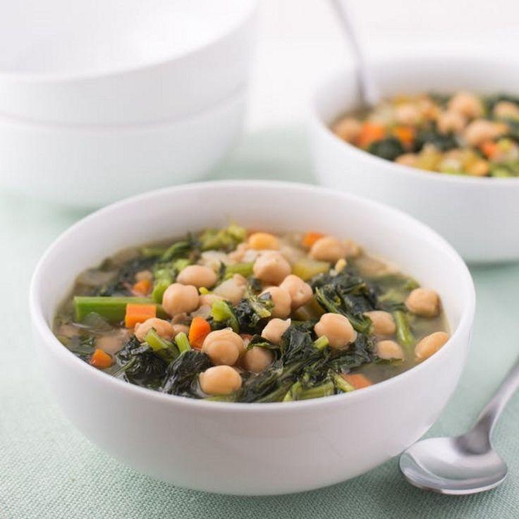 Λαχταριστή σούπα λαχανικών με τρυφερά ρεβίθια και crunchy μπρόκολο