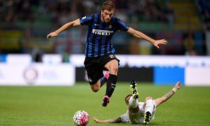Sunderland agree 4m deal to buy Davide Santon from Internazionale