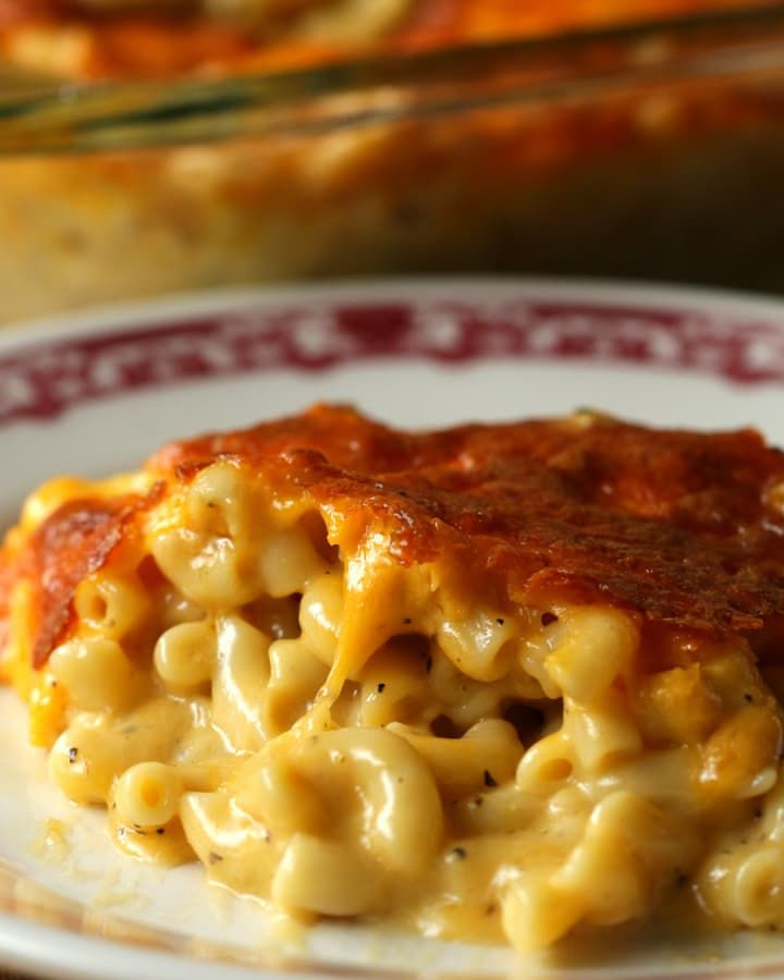 This Five-Cheese Mac 'N' Cheese Is Literally Everything You've Been Dreaming Of